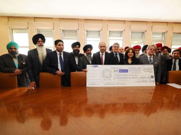 Generosità dei sikh : donano 30 mila euro all'Ospedale Civile di Brescia.